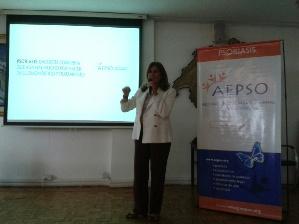 """Silvia Fernández Barrio, presidenta y fundadora de AEPSO: """"Muchas personas ocultan su enfermedad y la viven con vergüenza""""."""