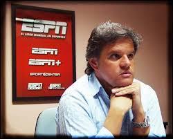 Enrique Sacco explora el fútbol y muchos otros temas