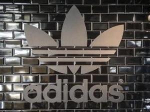 Adidas busca su nuevo CEO