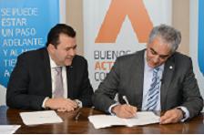 Los dirigentes de ambas empresas firman el nuevo acuerdo