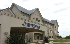 Howard Johnson y River, juntitos en Miramar