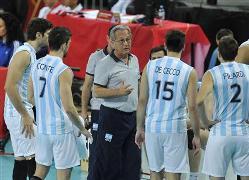 Con Velasco, en 2014 Argentina fue 11ª en el Mundial y 13ª en la Liga Mundial.