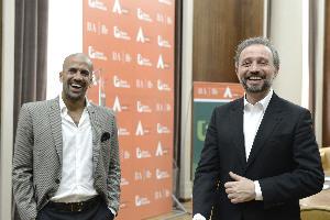 Gustavo Marangoni recibió a Juan Sebastián Verón en la Casa Central del Banco