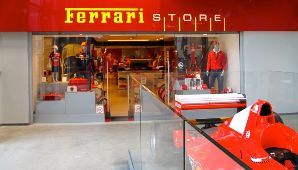 Ferrari va de shopping