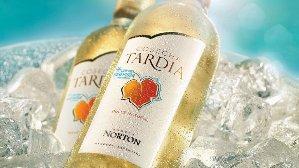 Cosecha Tardía presenta su nueva etiqueta con sensor de frío Wine Polar.