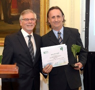 Horacio Cristiani de Gas Natural Fenosa y Fernando Passarelli de AMIA