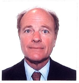 Tomas Sinclair, corredor Axion