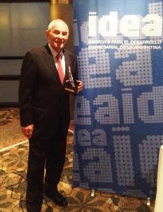 Su presidente Oscar Andreani recibió el galardón.