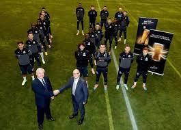 Miembros de Newcastle y Molson Coors presentan el acuerdo