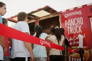 El lanzamiento de su propio Food Truck causó furor.