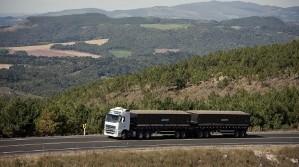 Autorizaron la circulación de los camiones semirremolques biarticulados.