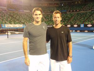 Nuestro columnista de tenis, junto al gran Roger Federer