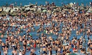 Las playas explotan de gente.