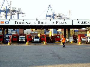 Terminales Río de la Plata S.A. (TRP) está ubicado en el Puerto Nuevo.
