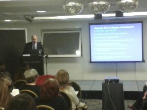 Gary Raskob, director del Comité para el Día Mundial de la Trombosis de la Sociedad Internacional de Hemostasia y Trombosis, encabezó el lanzamiento.