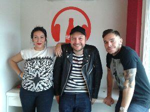 Evelyn Botto y Julián Pérez Regio descontracturaron la entrevista.