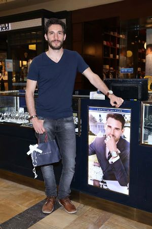 Michel Noher, el prestigioso actor no dudó en elegir su regalo del nuevo stand.