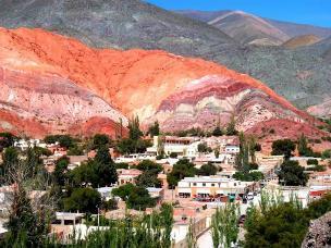 Una pequeña aldea de principios del siglo XVII de origen prehispánico.