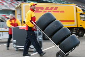 Maneja la logística de eventos como el Cirque du Soleil y la Fórmula Uno.