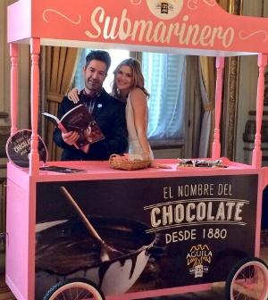 """La compañía creó un libro de recetas llamado """"El nombre del chocolate""""."""