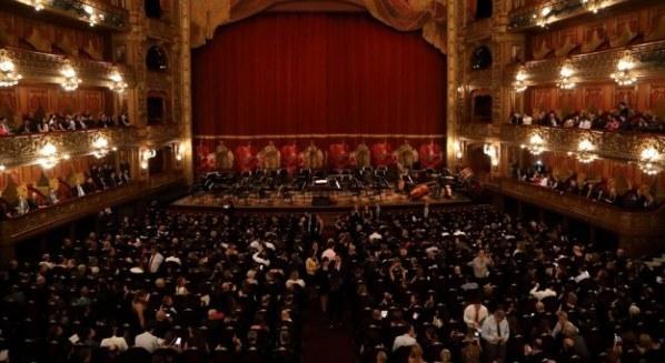 Gala en el Teatro Colón