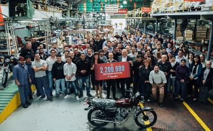 2.200.000 motos