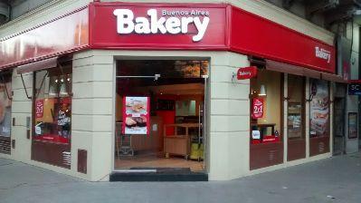 Primer local en La Plata