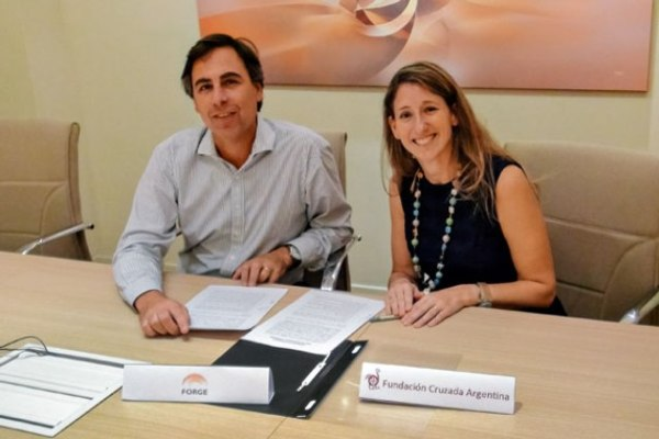 Junto a Fundación Cruzada Argentina