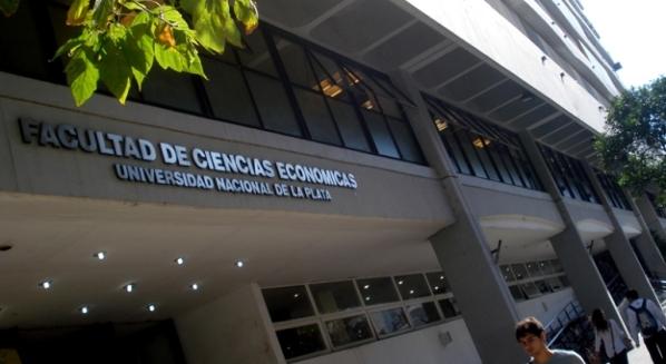 Facultad de C. Económicas de la Universidad Nacional de La Plata