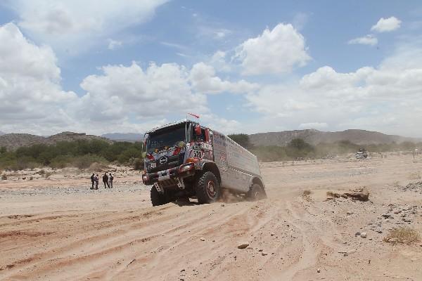 Hino, otra vez en el Dakar