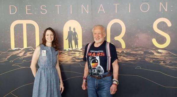 A caminar en Marte con Buzz Aldrin