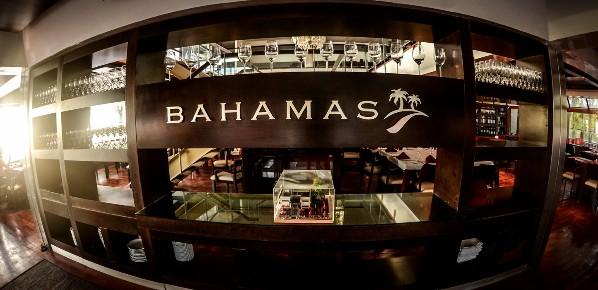 Bahamas Club Costanera