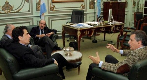 Carlos Melconian junto a Luis Miguel Etchevehere