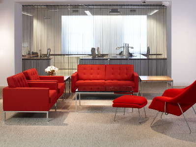 Florence Knoll, Two Seater Sofá Lifestyle