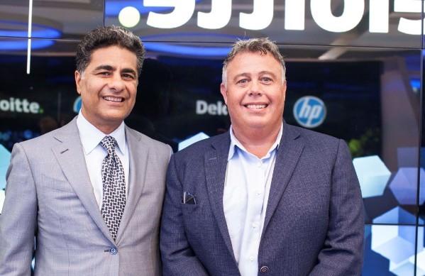 Punit Renjen de Deloitte y Dion Weisler de HP Inc.
