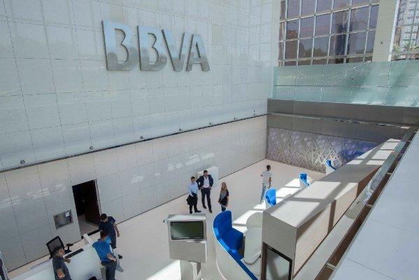 Corte de cintas del BBVA Francés