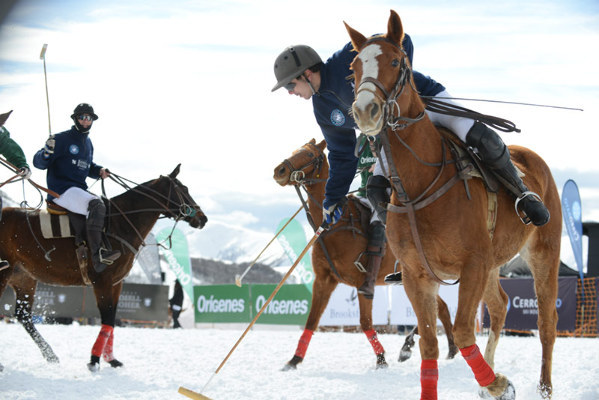 Snow Polo Cerro Bayo