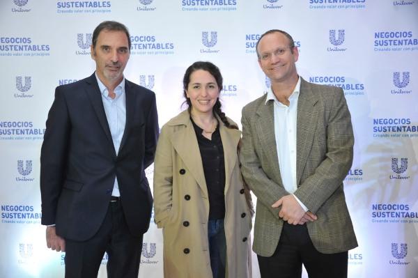 Miguel Kozuszok, Narda Lepes y Gonzalo Muñoz