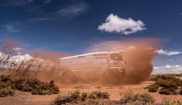 Hino y el Dakar