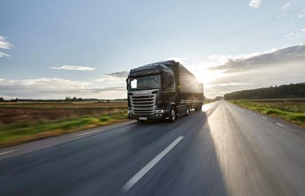 Scania dice presente