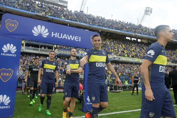 Huawei junto al fútbol