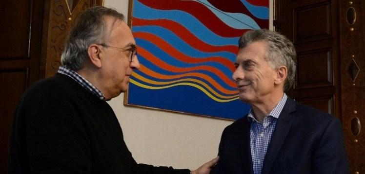Sergio Marchionne junto a Mauricio Macri