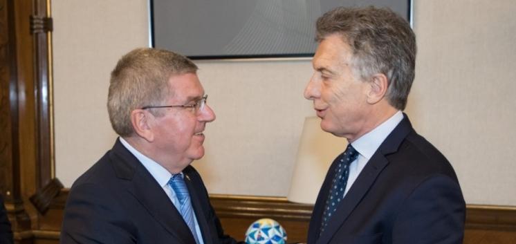 Mauricio Macri y Thomas Bach