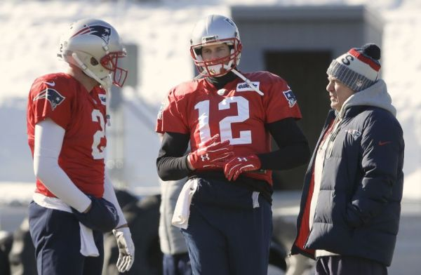 Brady con guantes