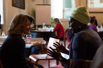 Potenciar el liderazgo femenino