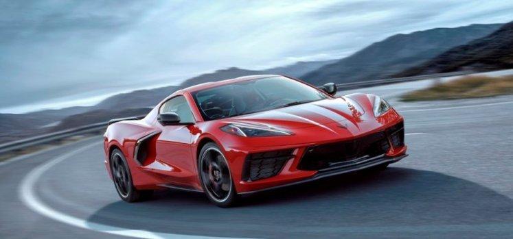 Primer Corvette de motor central