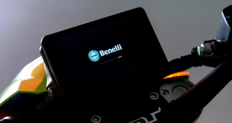 Benelli TNT600i